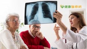 治療肺腺癌效果不佳?