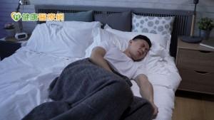 免役男輕忽下背痛 脊椎變形痛到只能側睡