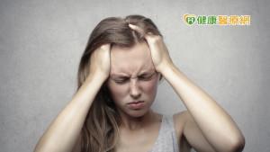 脂漏性皮膚炎導致頭皮發癢 服中藥可有效去屑止癢